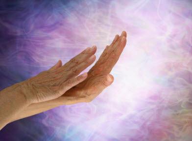 人の神秘力でエネルギーをリセットし、良い状態に変える。
